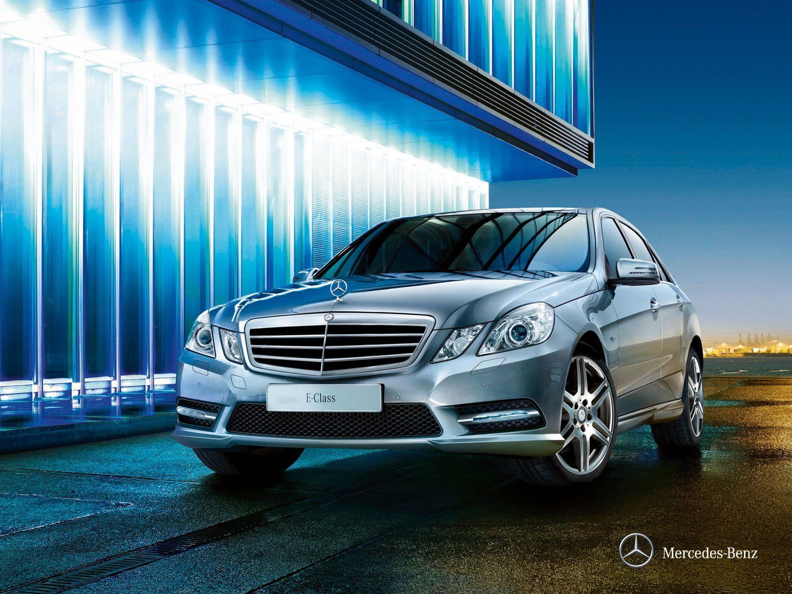 EVO PRO Mercedes E Class premium in car entertainment