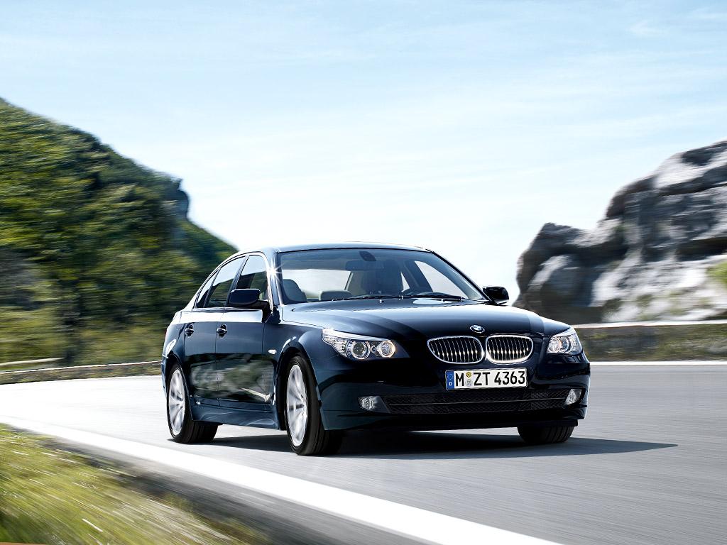 EVO PRO BMW 5 Series premium in car entertainment options 520d ...